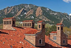 sunrise photo, CU Boulder, Boulder Flatirons, red Spanish tiled rooftops, mascot, flatirons, university of Colorado boul