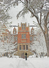 Hale Science Building, photo, CU Boulder, university of Colorado boulder campus, mike barton, snow storm, student