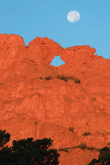 Kissing Camels, Garden of the Gods, Colorado Springs, Colorado, sunrise, photography, fine art prints, Mike Barton