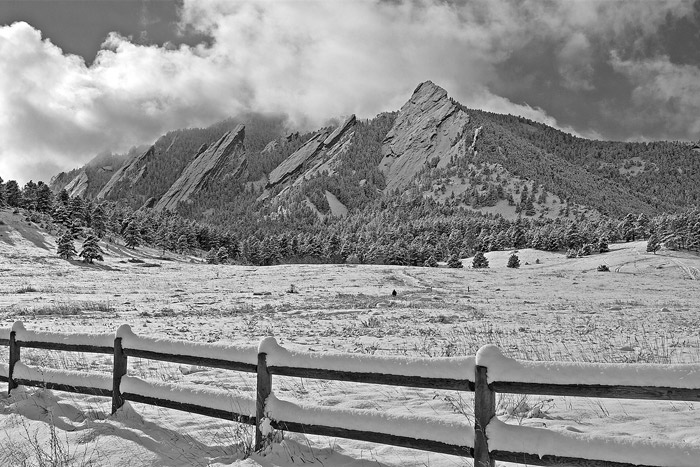 Located at the base of the majestic Flatiron Mountains, Chautauqua Park offers paradise for hikers, birdwatchers and photographers...