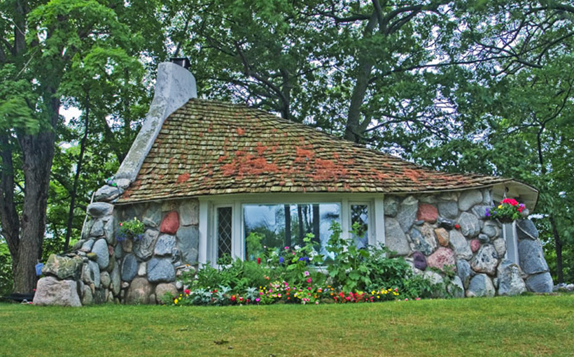 Cottages, Earl Young, Charlevoix, Michigan, mushroom houses, Half House, photograph, prints, Mike Barton, photo